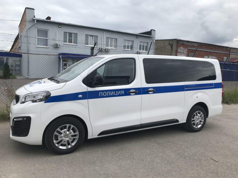 Оклейка автмобилей полиция в Нижнем Новгороде